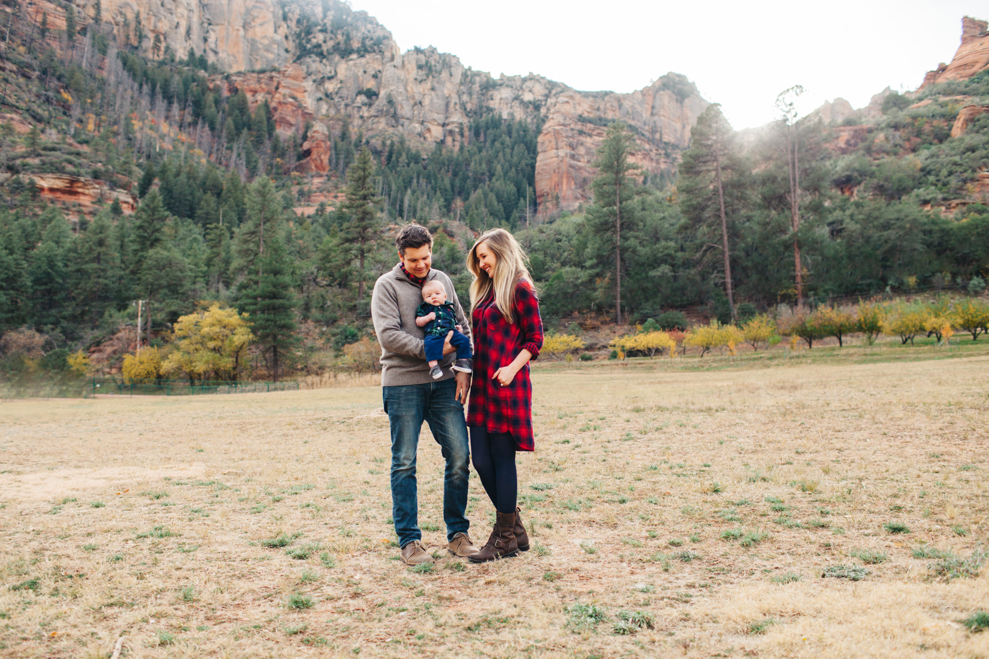 epper family lifestyle portraits ©ten22 studio sedona oak creek canyon