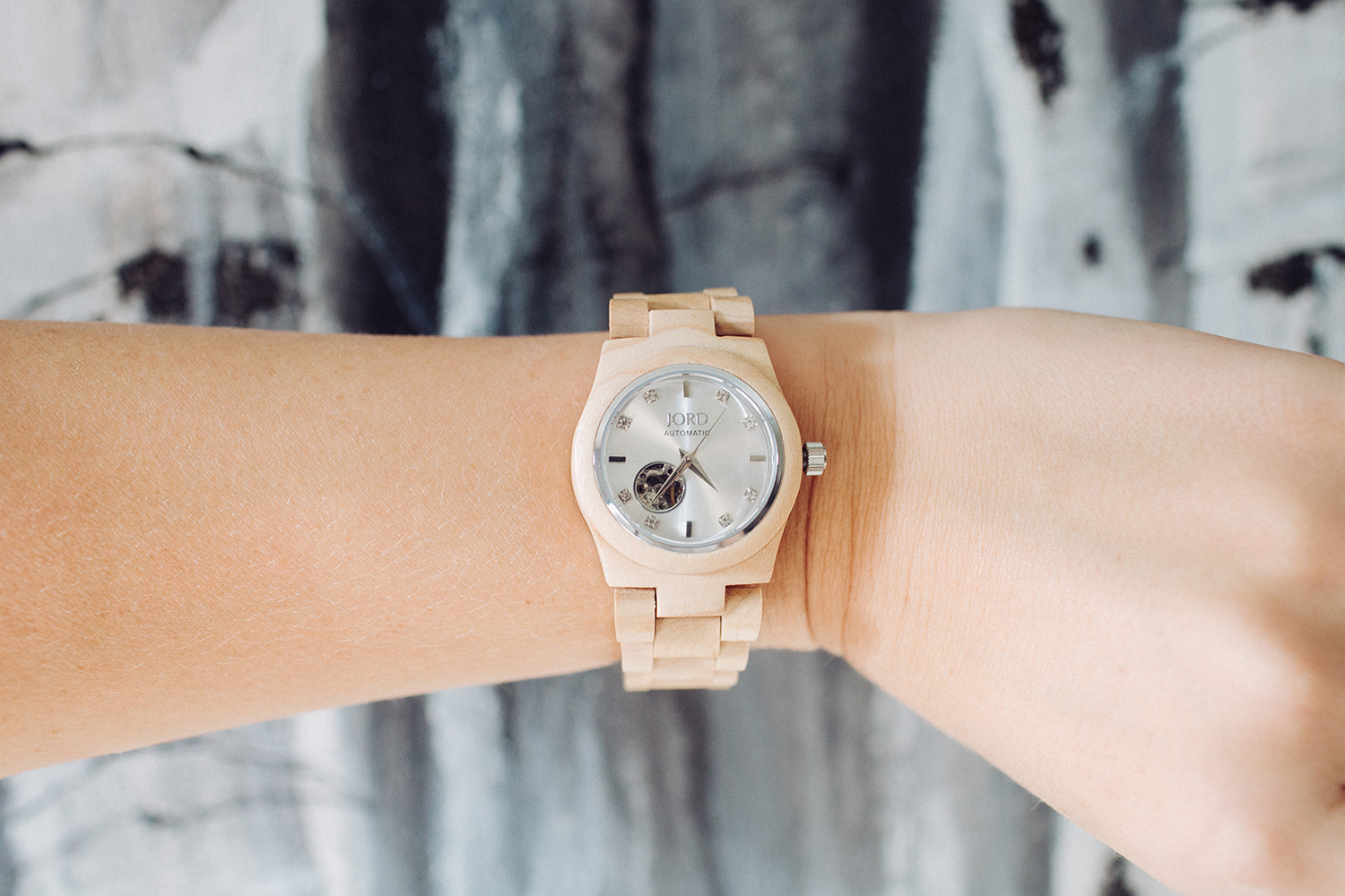 http://www.woodwatches.com/#rennaihoefer